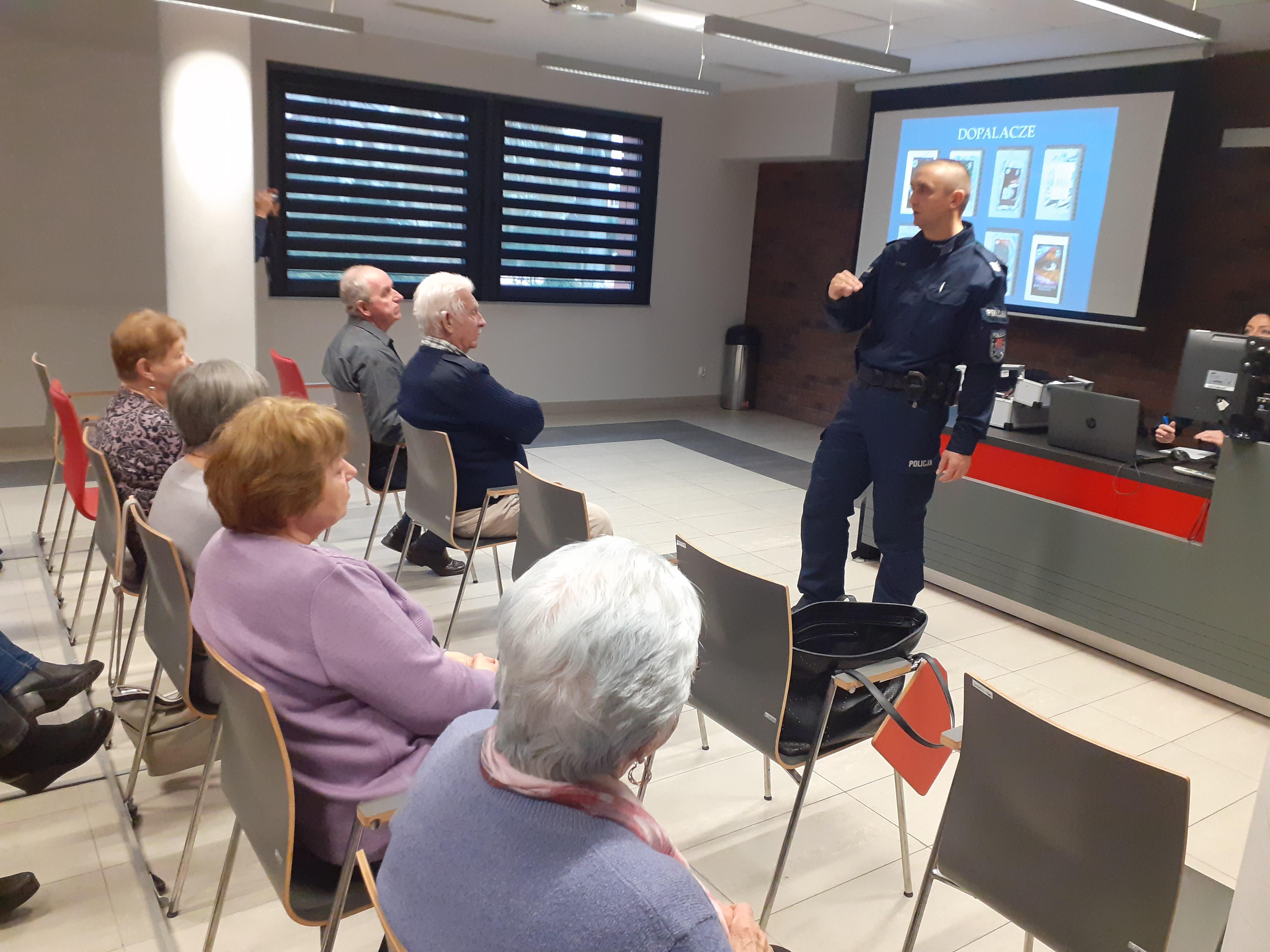 Spotkanie z policjantem Mikołów.jpg